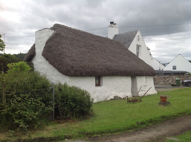 Unique Thatched Cottage in Plockton - Plockton - Dům