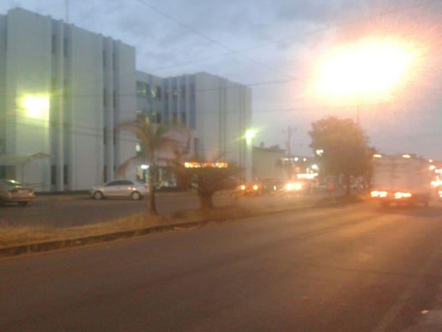 Apartamento amueblados, centricos y seguros con 1 - San Isidro de El General