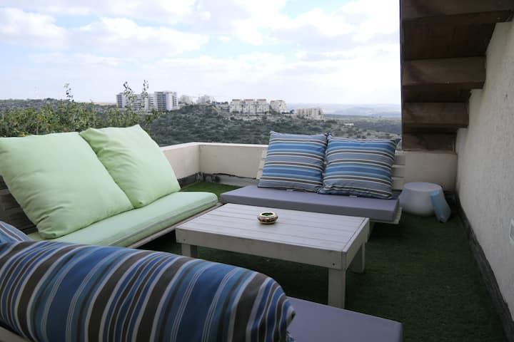 A Lovely Apartment Floor Near Kfar Saba