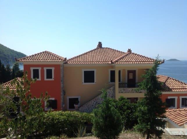 Skopelos seaview penthouse - GR - Daire