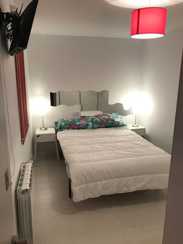 Apartment 2 minutes to metro station Santa Eulalia - L'Hospitalet de Llobregat
