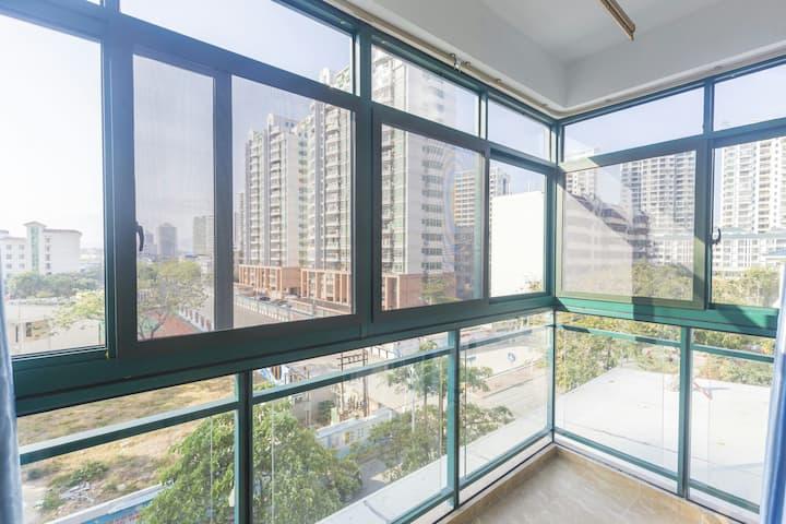 三亚湾海岸 阳台园景两室一厅