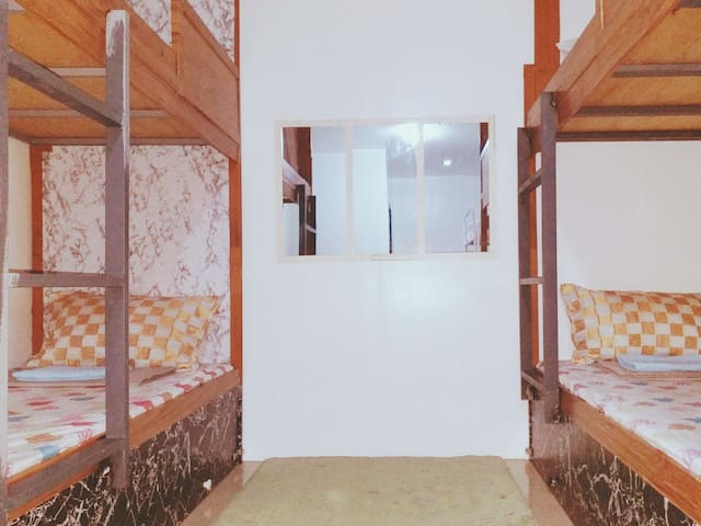 Davao Homestay: Barkada Bunk Room