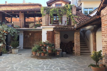 "Ancient house ""Villa Maddalena"" - Bra"