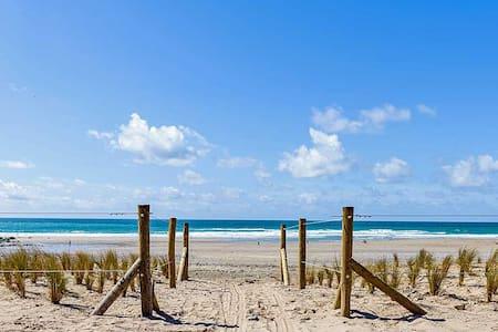 Beach annex, level short walk to superb beach - Porthtowan - Apartment