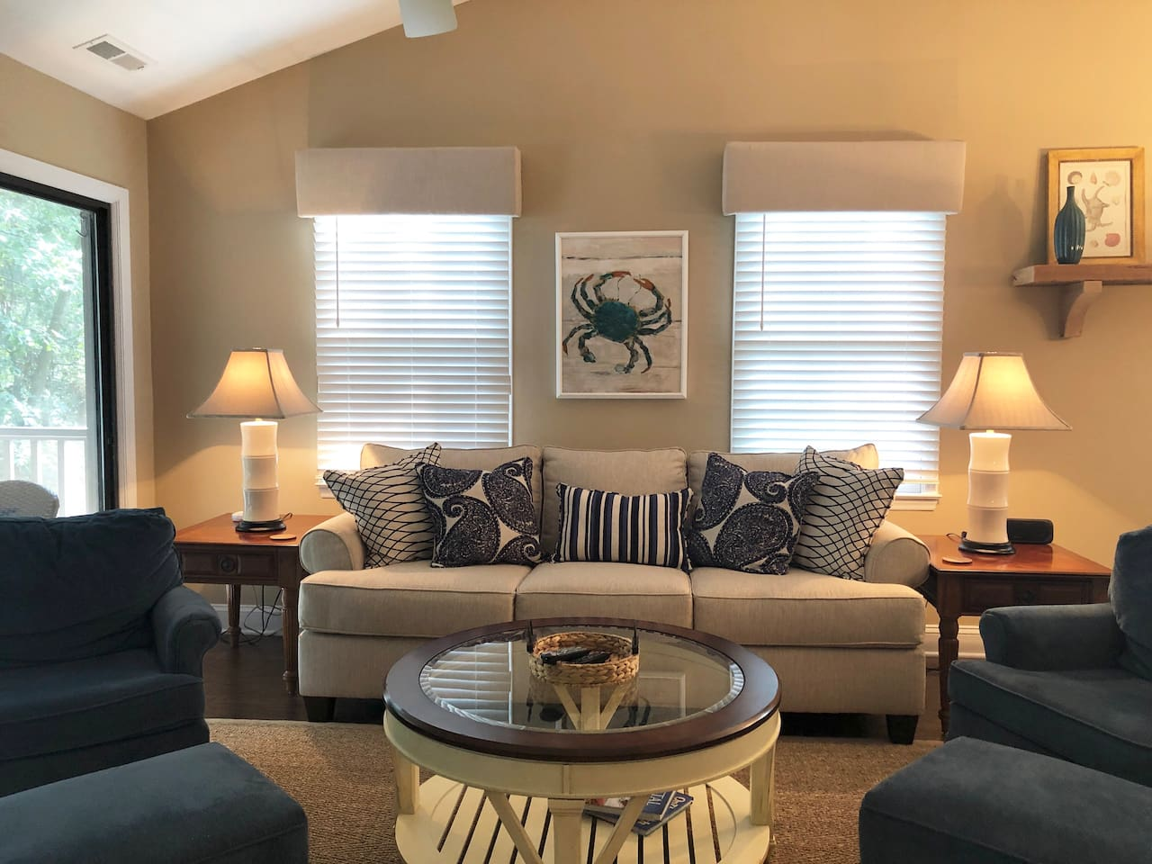 Imagine relaxing in this beautiful space watching your favorite Netflix show and/or enjoying time with friends and family.
