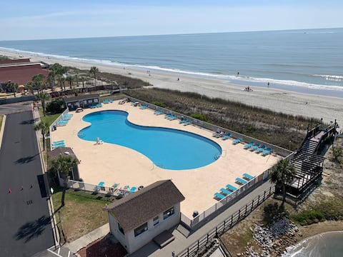 A Stylish Beachfront Suite at Myrtle Beach Resort