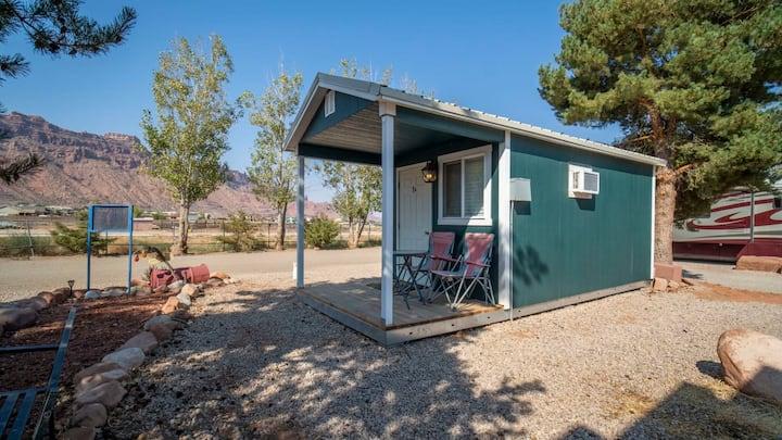 Basic Cabin #1A - Sleeps 4 - OK-1A