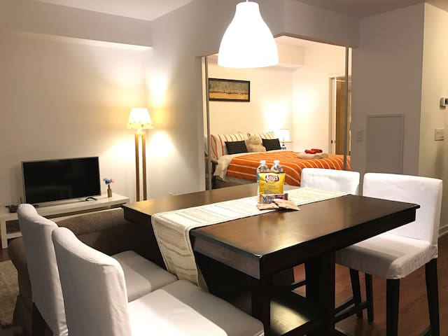 #1B+BALCONY LUXURY CONDO NEXT TORONTO ACC/CN TOWER