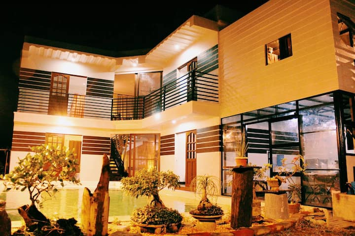 Sparkling Hill Vacation House Philippines
