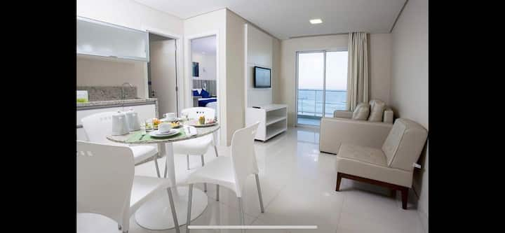 Apartamento amplo beira mar ingleses