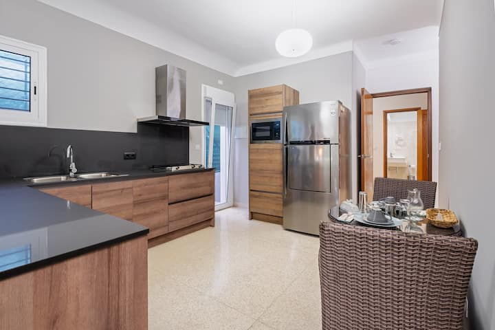 🧳🛎 2 BR House in Vedado Ideal for 👪/Wifi