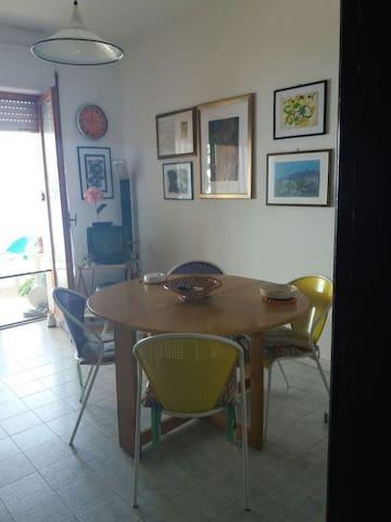 Casa al mare stile familiare e panorama mozzafiato