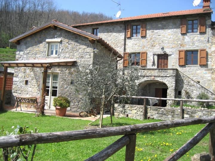 BORGOVECCHIO-Charming Mountain Retreat  with view