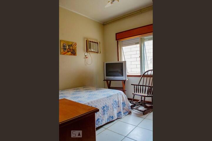Apartamento na Cairú, 2 quartos!! TOP!!