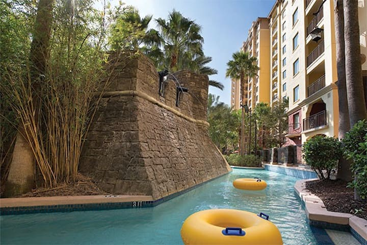 Bonnet Creek 2 BR Deluxe Condo at Disney World