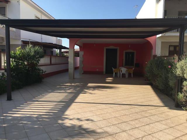 Villa con dependance Santa Maria del Focallo