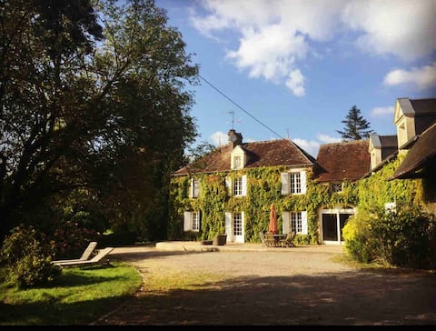Propriété à 3 mns du Château du Haras du Pin