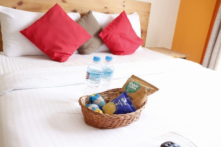 ECO SPACE - A/c & Breakfast - Corporate Guest Inn
