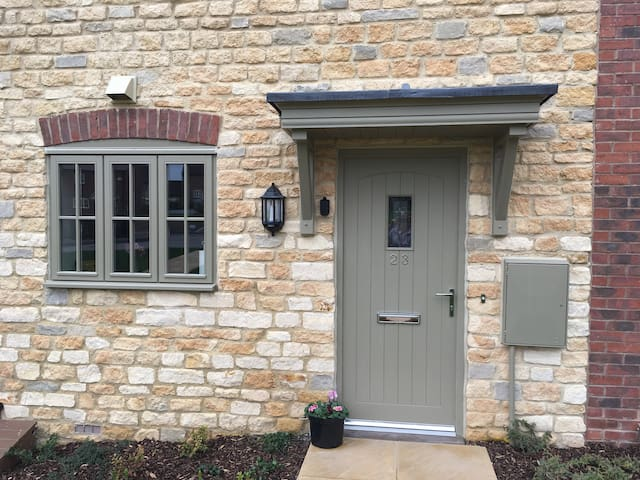 Cosy Cotswold Townhouse - Shipston-on-Stour - Szeregowiec