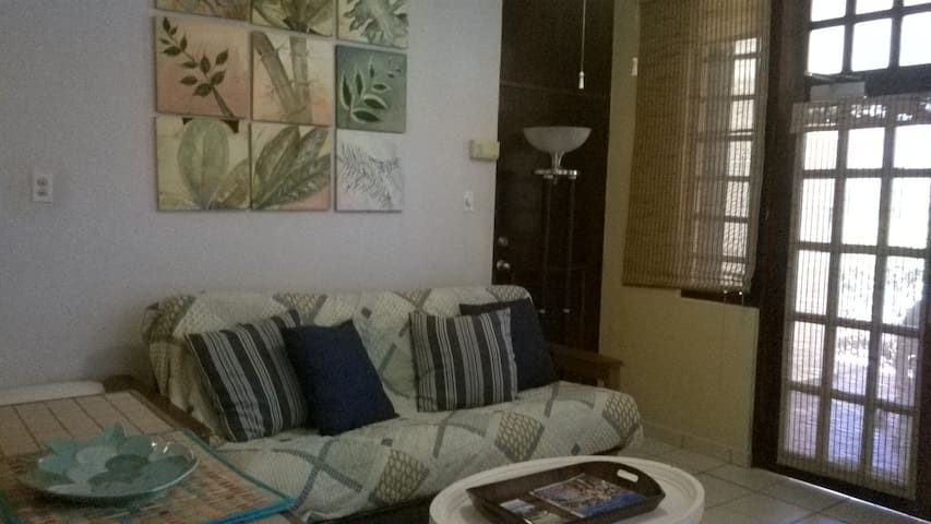 Ocean View Studio steps to the pools and beach - Humacao - Apartament