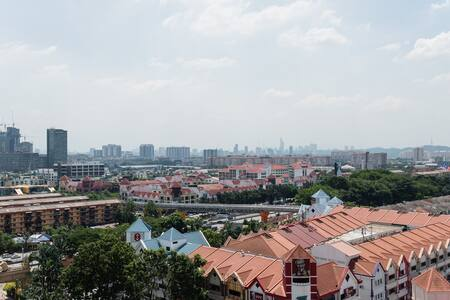 PYRAMID TOWER EAST STUDIO SUITES - Petaling Jaya