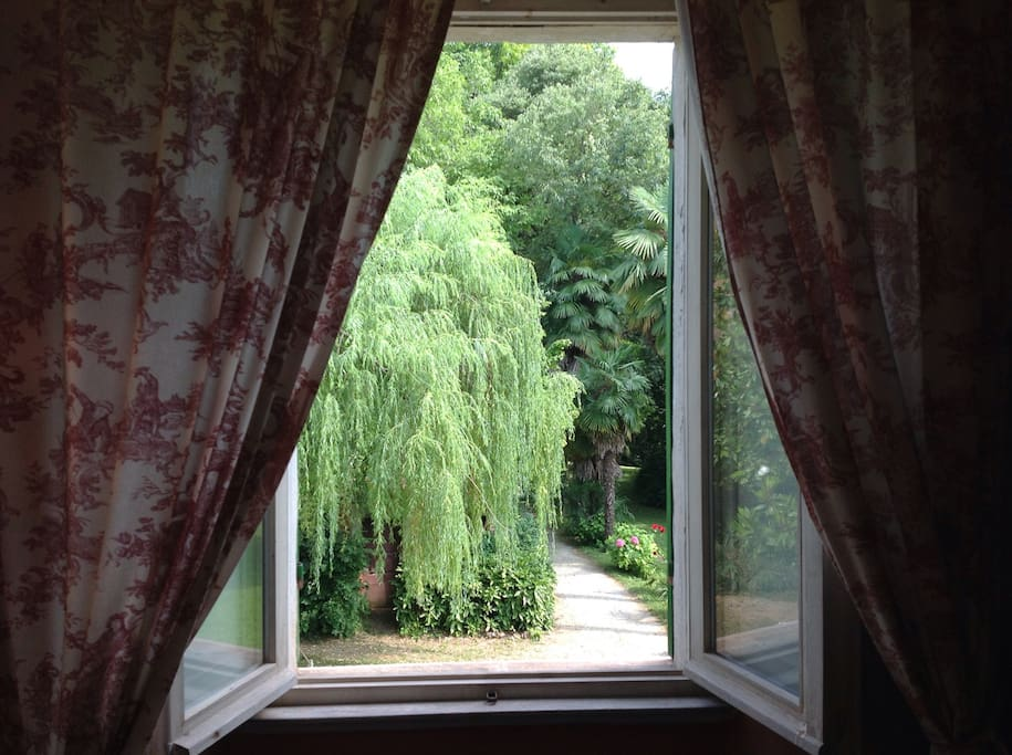 Bedroom view on private garden