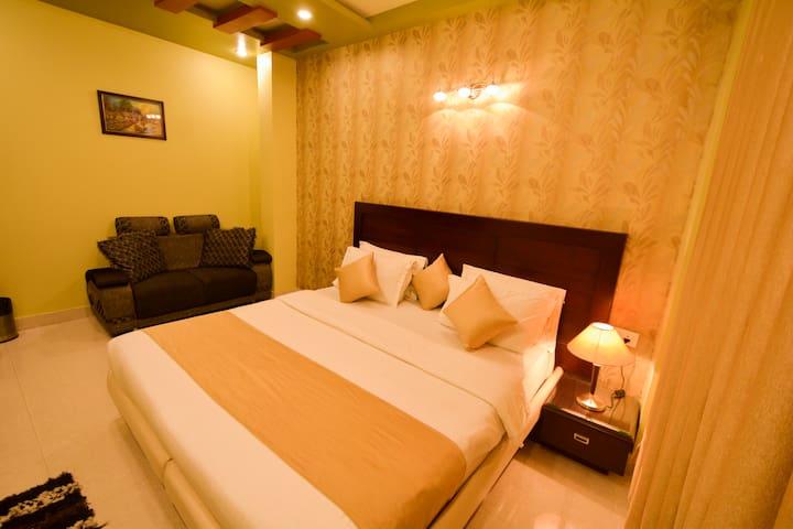 Hotel Central Residency - Varanasi - Bed & Breakfast