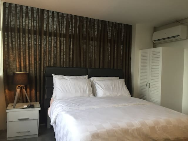 Double Room (good for 2) with FREE breakfast