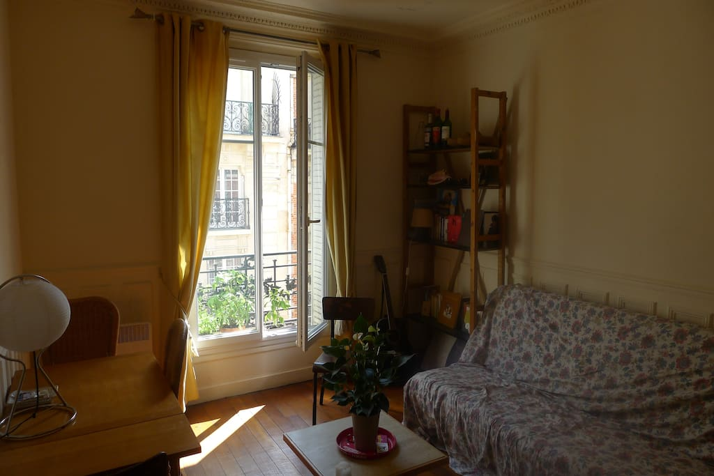 A nice and sunny apartment, almost all day long!