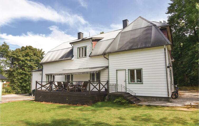 Holiday apartment with 2 bedrooms on 125m² in Mellerud