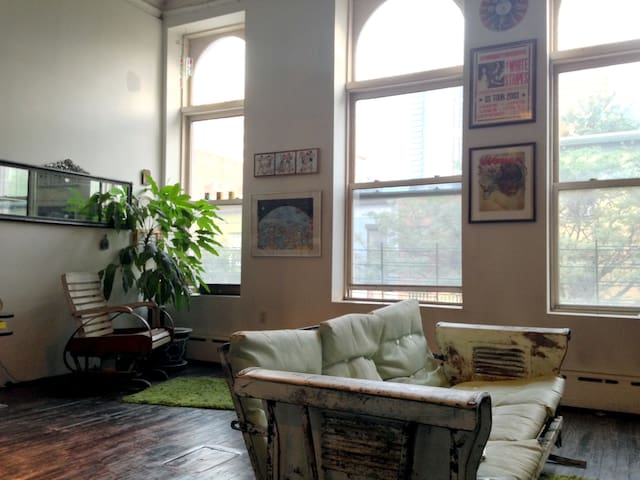 DUMBO DOWNTOWN BROOKLYN LOFT for 6 - Brooklyn - Loft