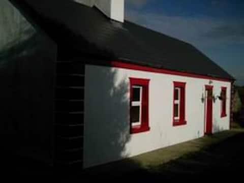 EurocottageA- Cottage in Mayo