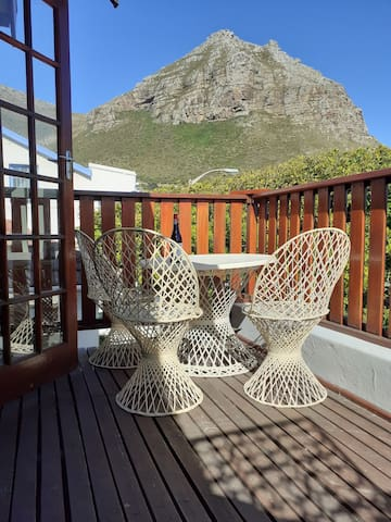 Muizenberg loft space with a view