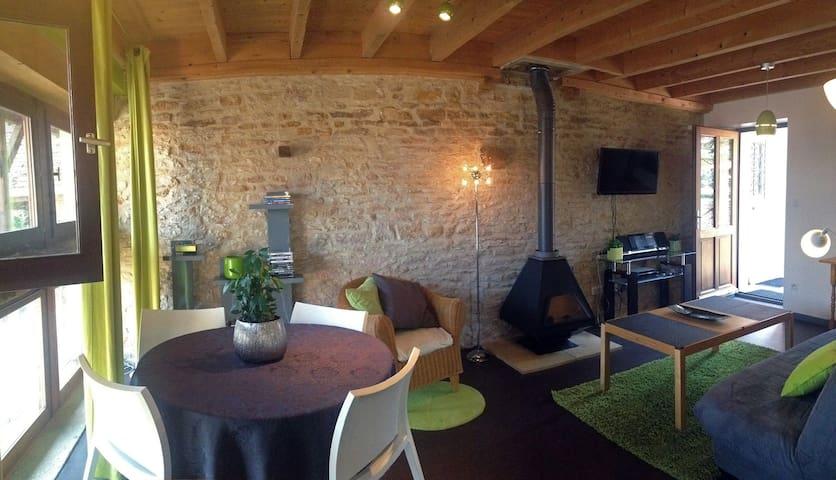 Beau Gîte 4P & piscine en Bourgogne - Champagny-sous-Uxelles - Byt
