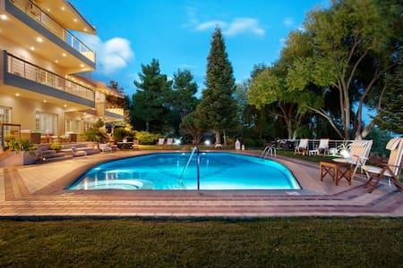 Melenia Resort (28 guests/privé)