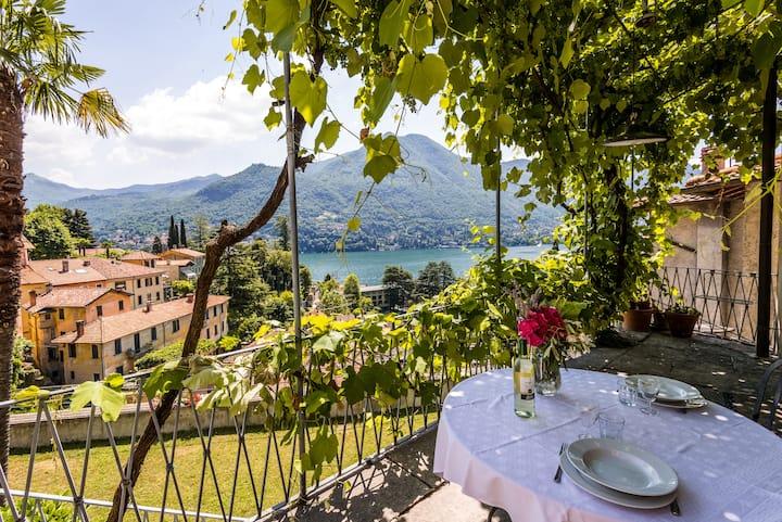 Romantic lake view flat