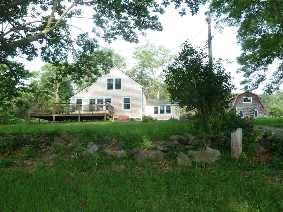Red wing hill farm houses for rent in jamestown rhode for Rhode island bath house