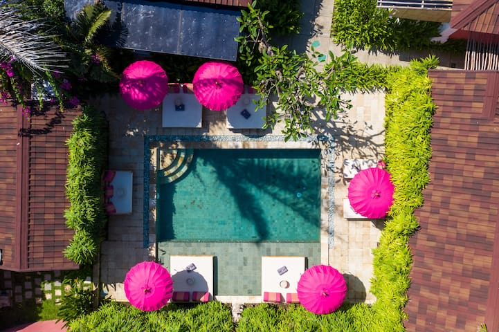 PinkPrivate Sanur - for Cool Grown Ups Only