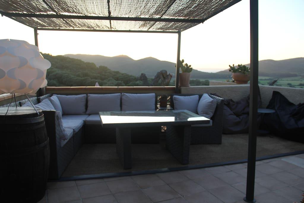 TERRASSE                     terrasse
