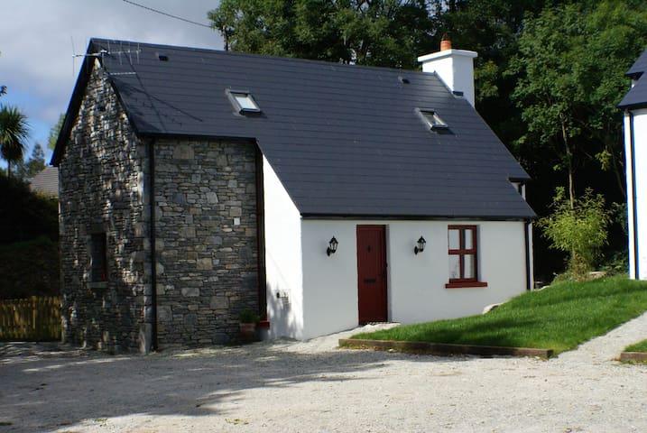 Johns Cottage - Doire Farm Kenmare -Romantic Stay