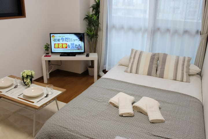 1min to JR and Subway Namba Sta/4pax+Free WIFI-TV