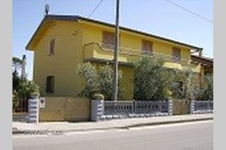 single room in montecatini terme