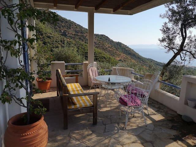 Balconi Myrto - Scenic House with wonderfull view