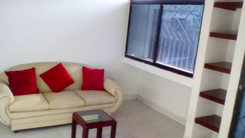 Hermoso apartamento en 2 piso, excelente úbicacion
