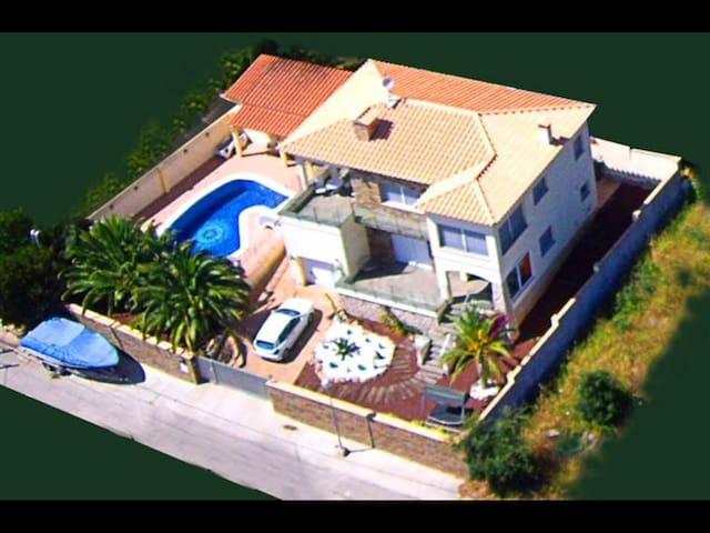 Luxe Villa CasadeCastilla + Zwembad - El Mas Fumats - Apartamento