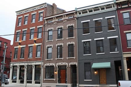 Modern Urban Loft Studio in OTR - Cincinnati