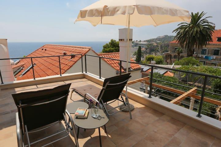 Minimalist Seaview 5-BR Villa near to the Old Town - Dubrovnik - Casa