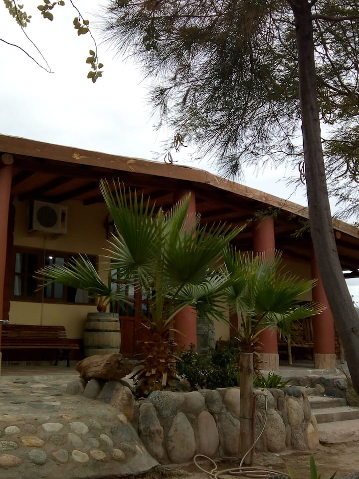 HOTEL - RESTAURANT OESTE PARAÍSO