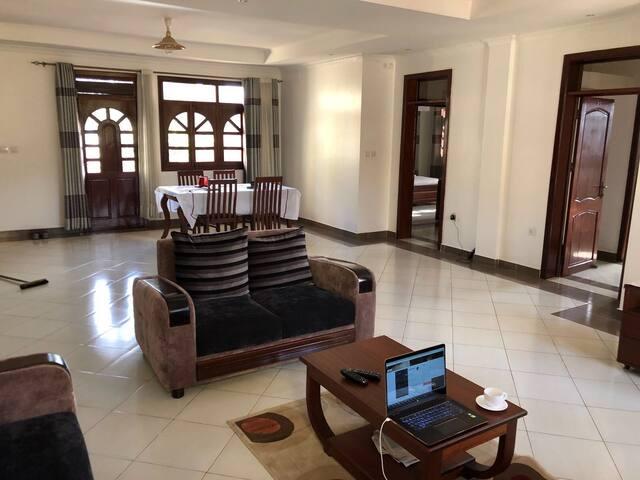 Sparkling clean serviced executive apartment